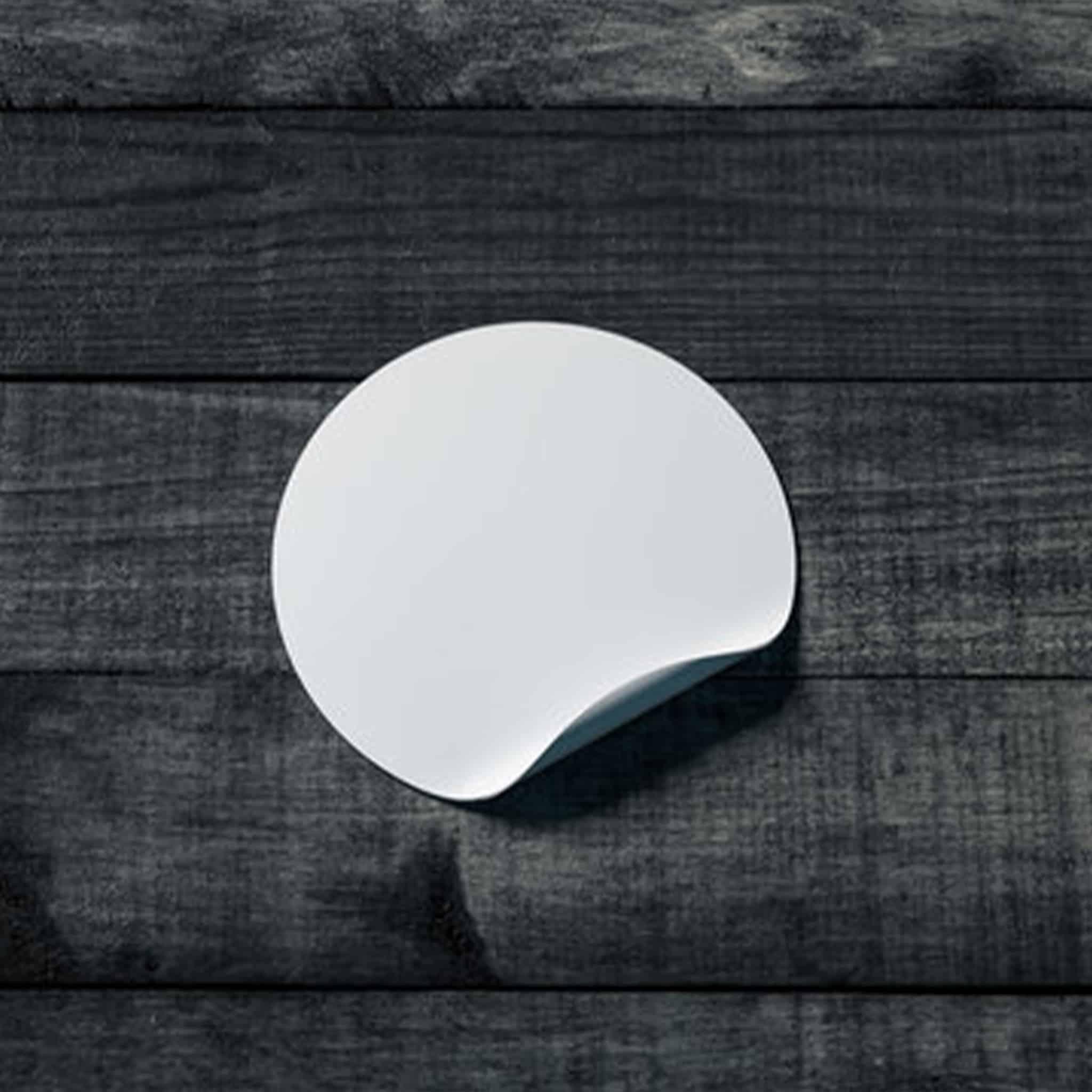 Stikers - Comment relooker sa table à manger en bois - WoodWorkerShop
